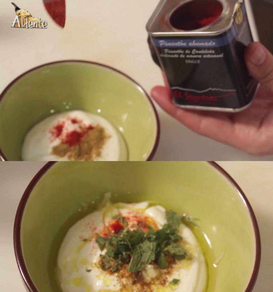 Salsa de yogourt con Pimentón El Sequero
