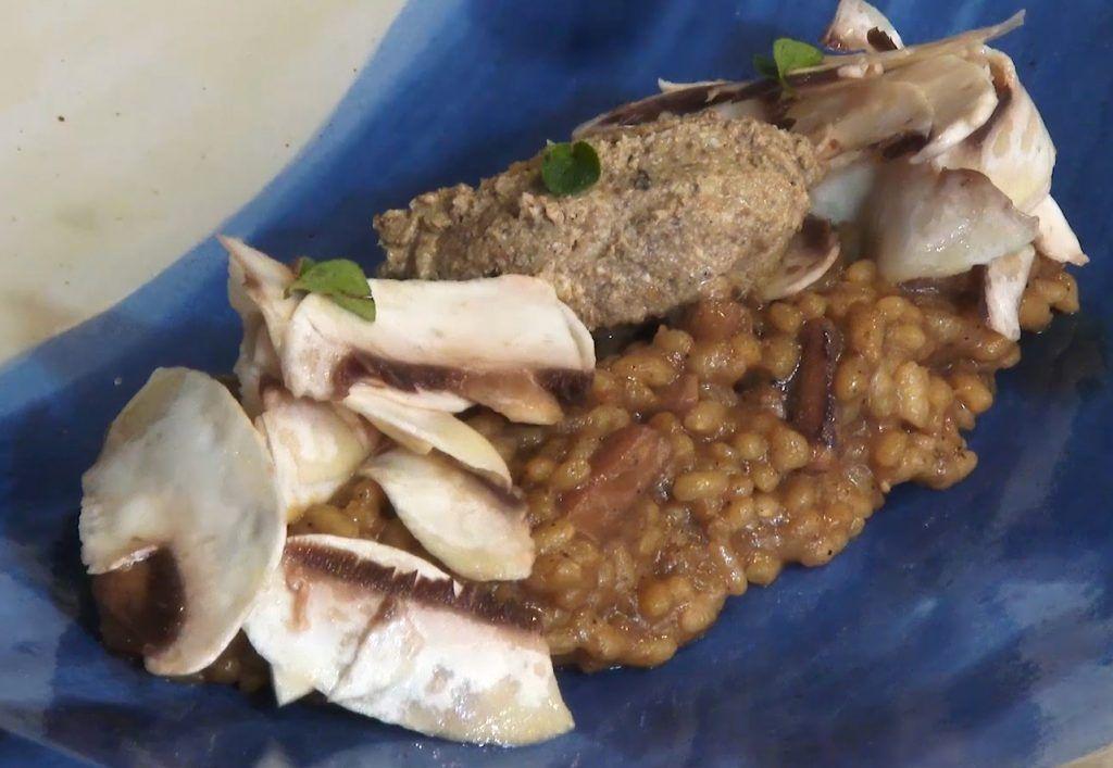 Calamar encebollado, paté y arroz